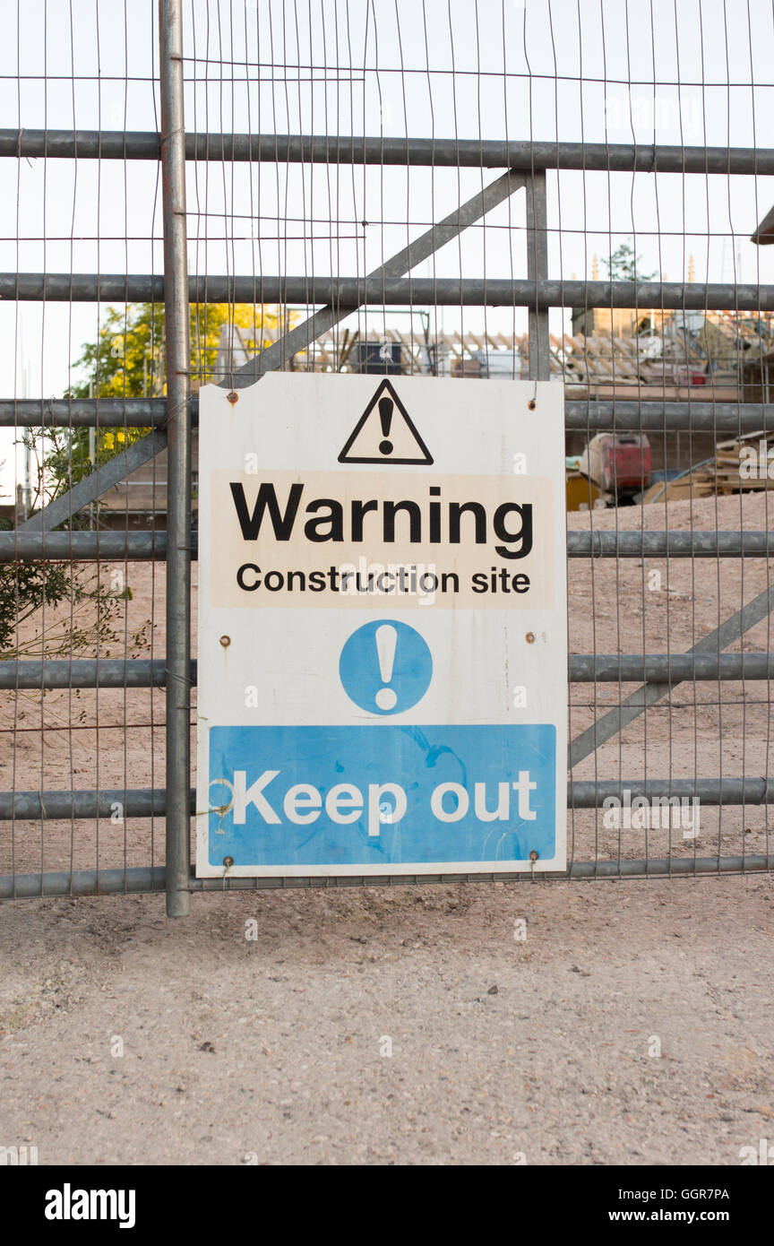 Keep out warning construction site sign - Stock Image