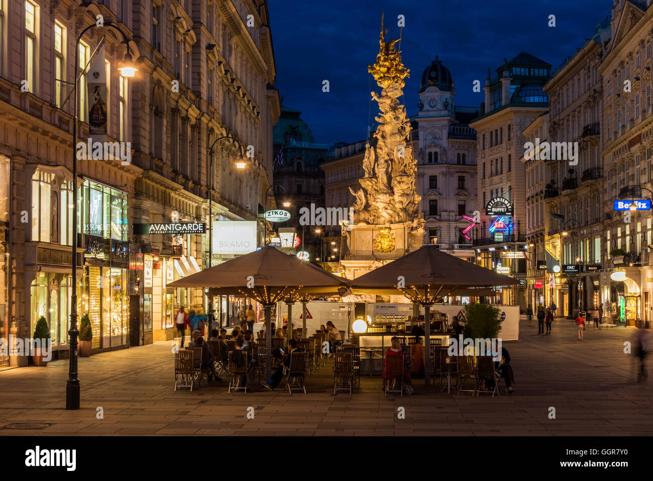 Night view of Graben pedestrian street, Vienna, Austria - Stock Image