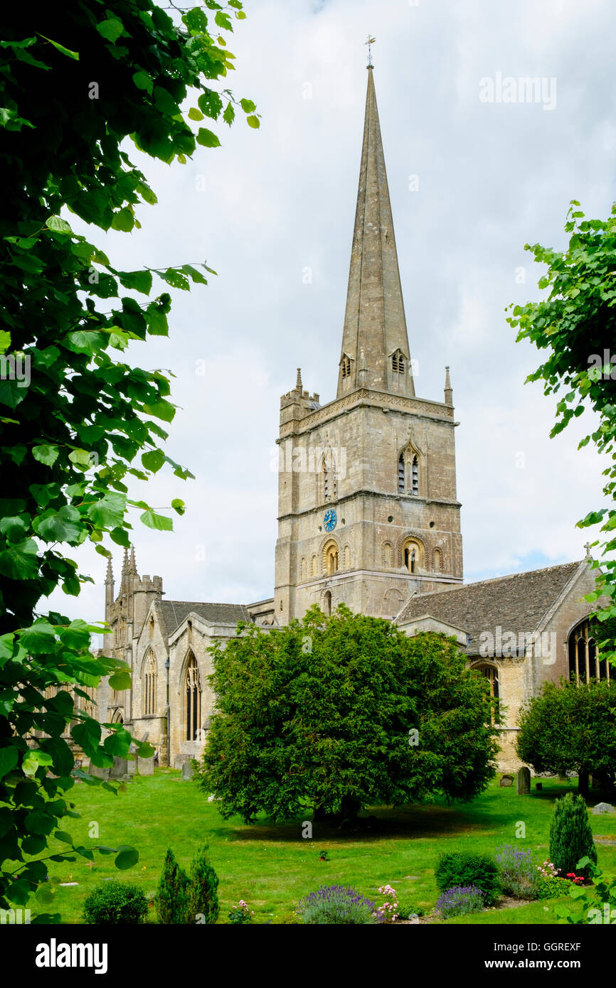 Burford Church in the Cotswolds, England - Stock Image