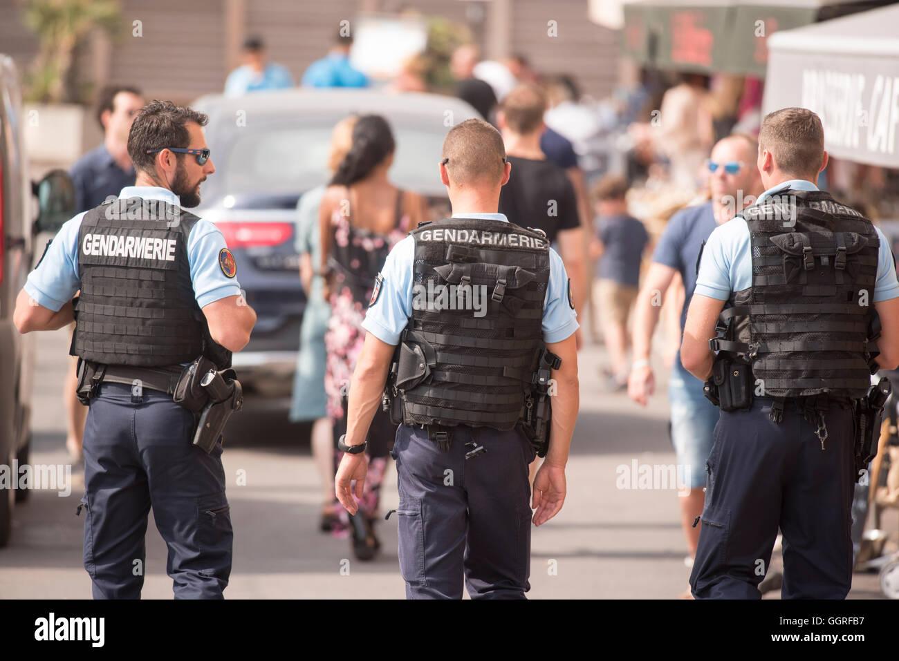 Gendarmes gendarmerie police patrol marina - Stock Image
