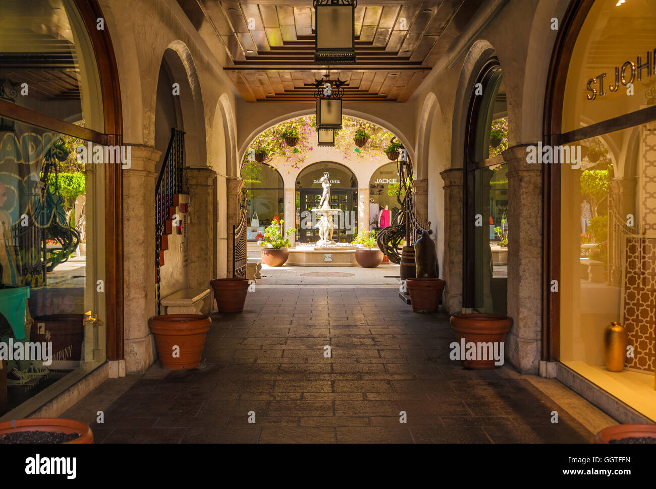 Via Amore on world-famous Worth Avenue in Palm Beach, Florida, USA. - Stock Image