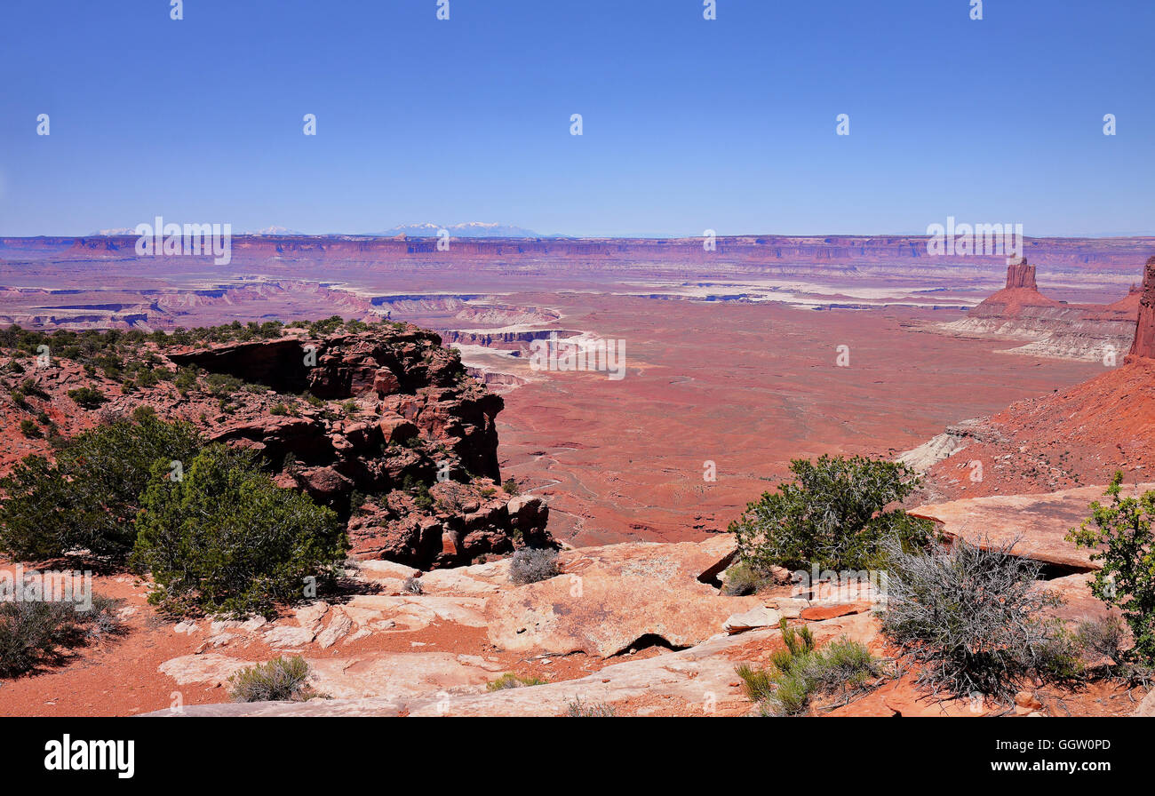 Red Rocks and boulders in Canyonlands National Park, Utah in the USA - Stock Image