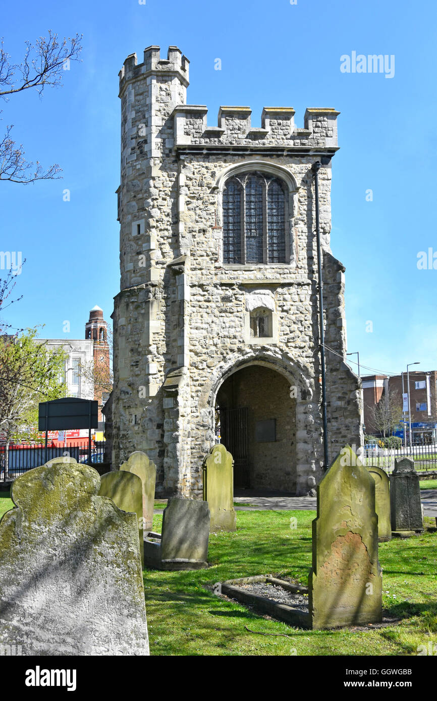 Barking Abbey Curfew Tower (also known as Fire Bell Gate) & Chapel of the Holy Rood located above gateway in - Stock Image