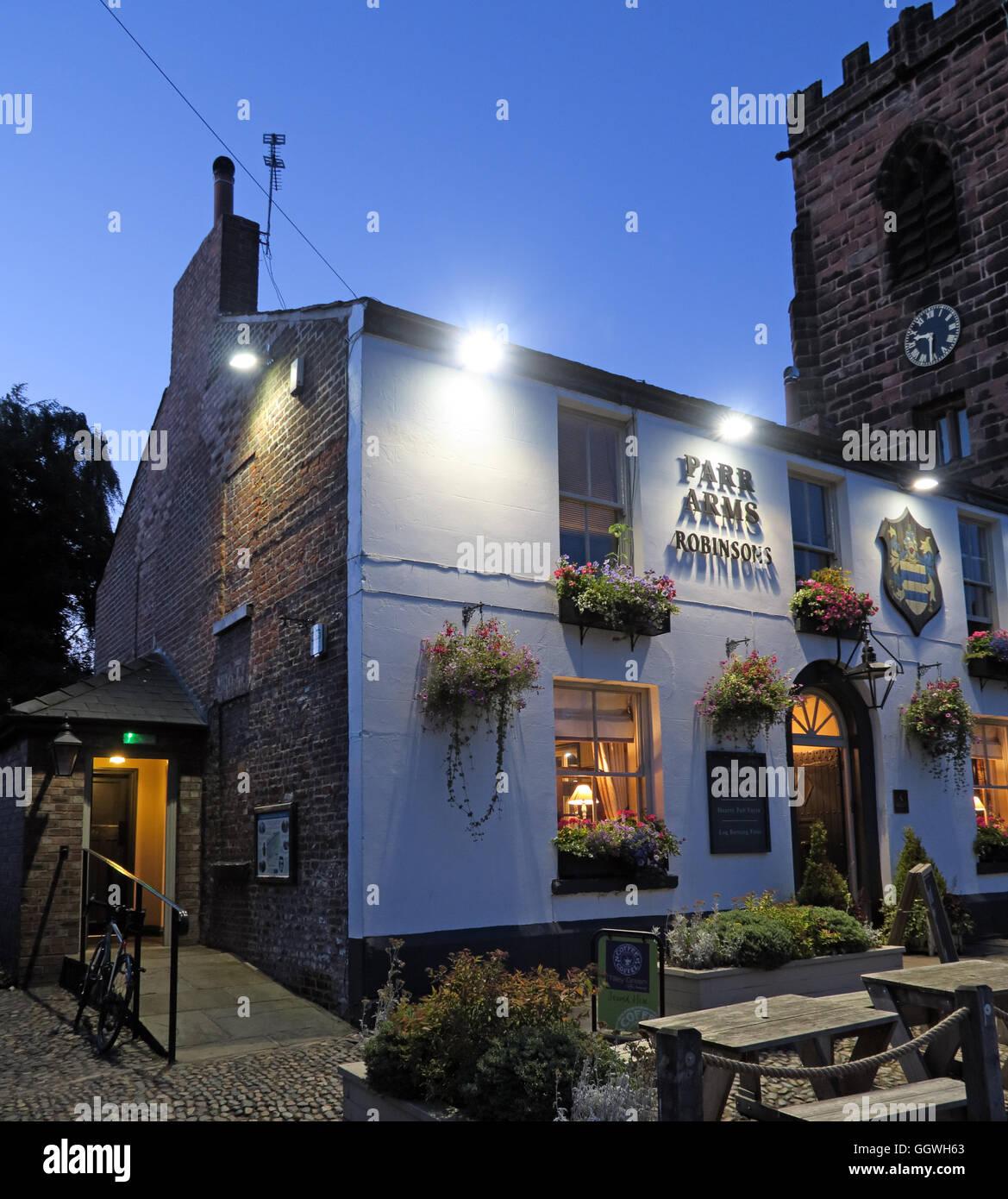 Parr Arms Pub,Grappenhall Village,Warrington,Cheshire,England, UK at night Stock Photo