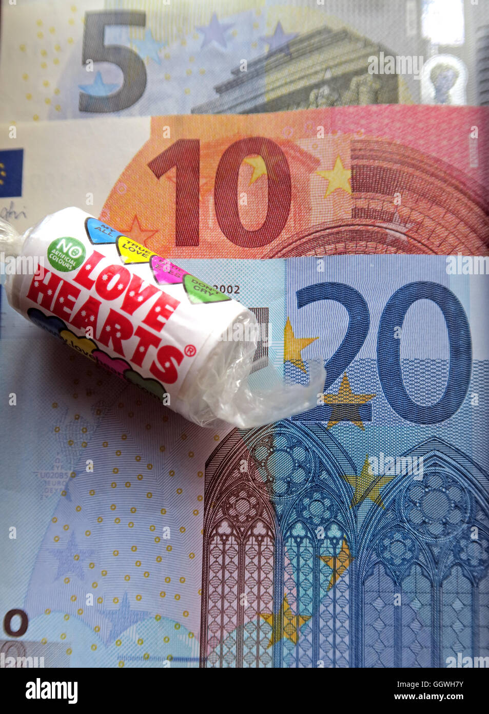 Five, Ten & Twenty Euro notes, Love Hearts, Love Europe, Remain, - Stock Image