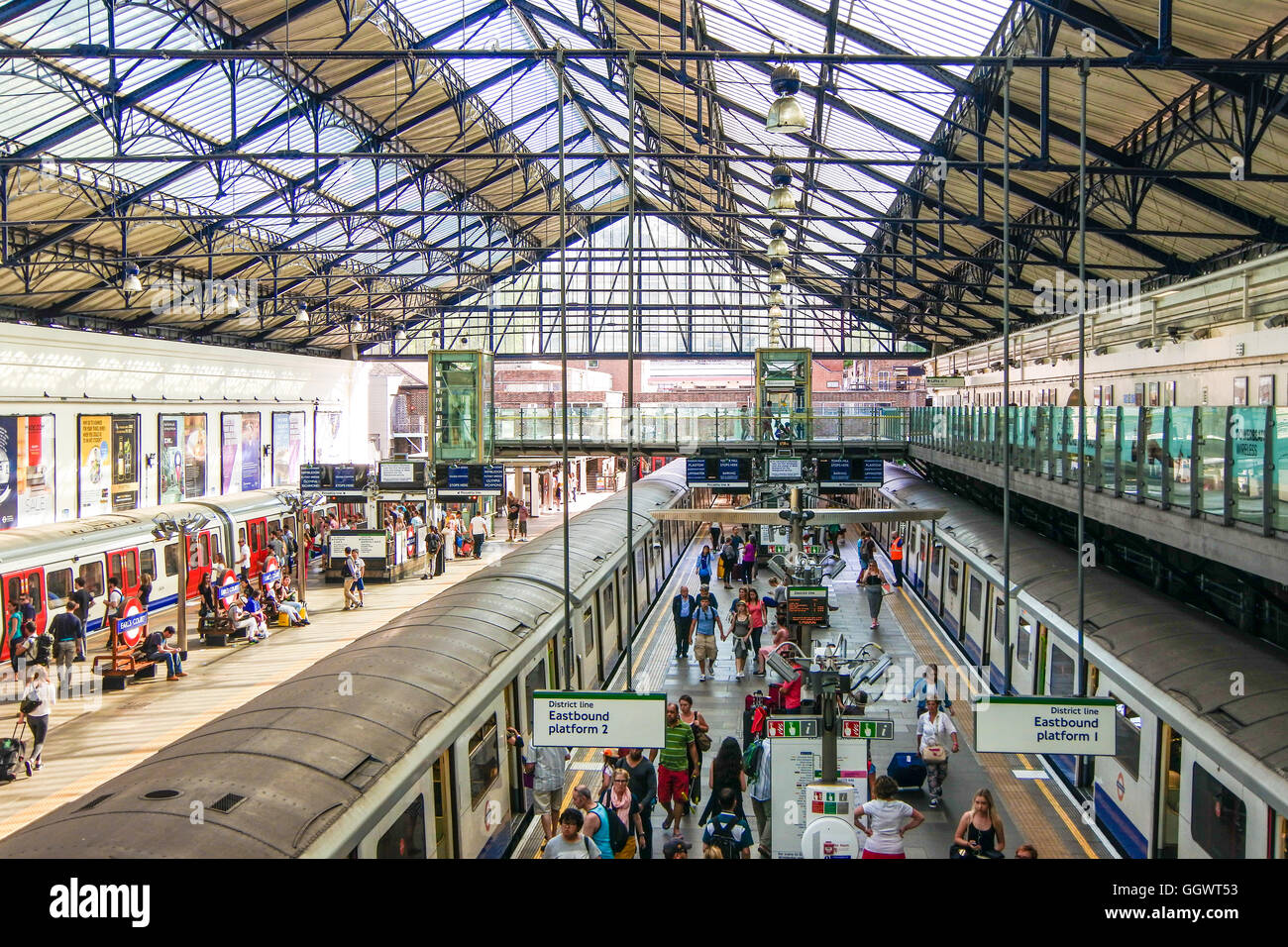 Euston Railway Station, opened July 1837, was the first intercity railway station in London - Stock Image