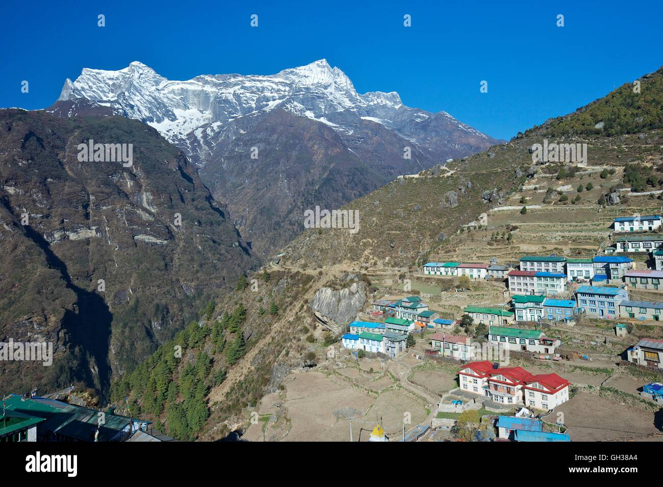 View of Kongde Ri, from Namche Bazaar, Nepal, Asia - Stock Image