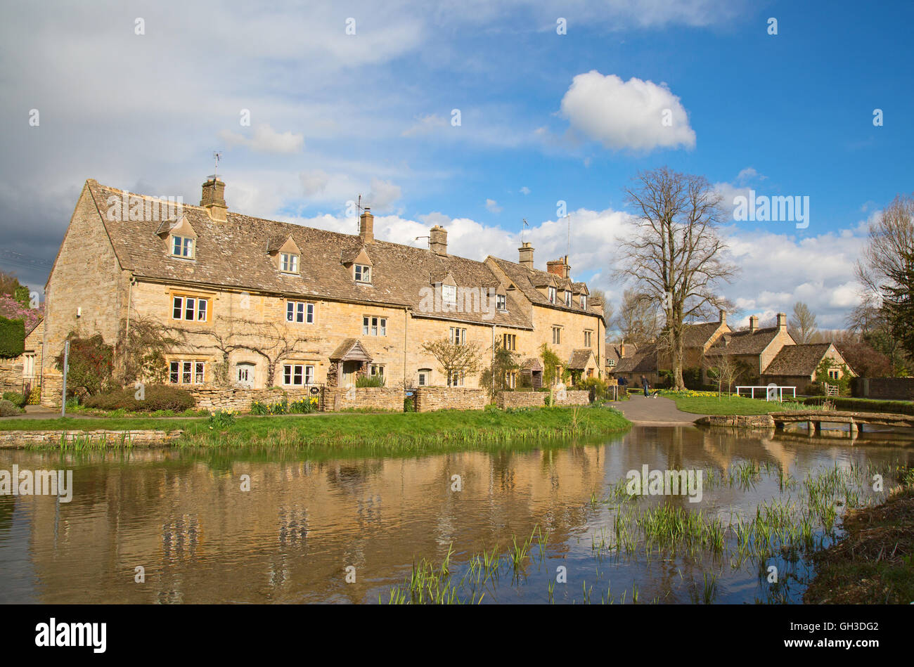 """Ancient village """"Lower Slaughter"""" in the Cotswolds region Stock Photo"""