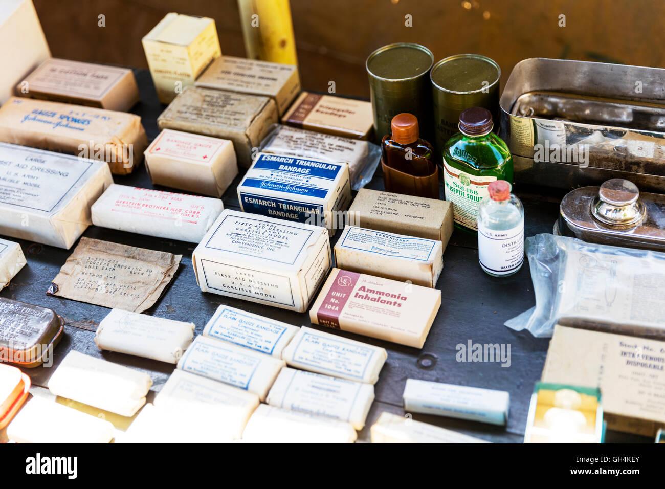 Bandages dressings ammonia tourniquet field hospital equipment from WW2 boxed bandage basic surgery equipment UK - Stock Image