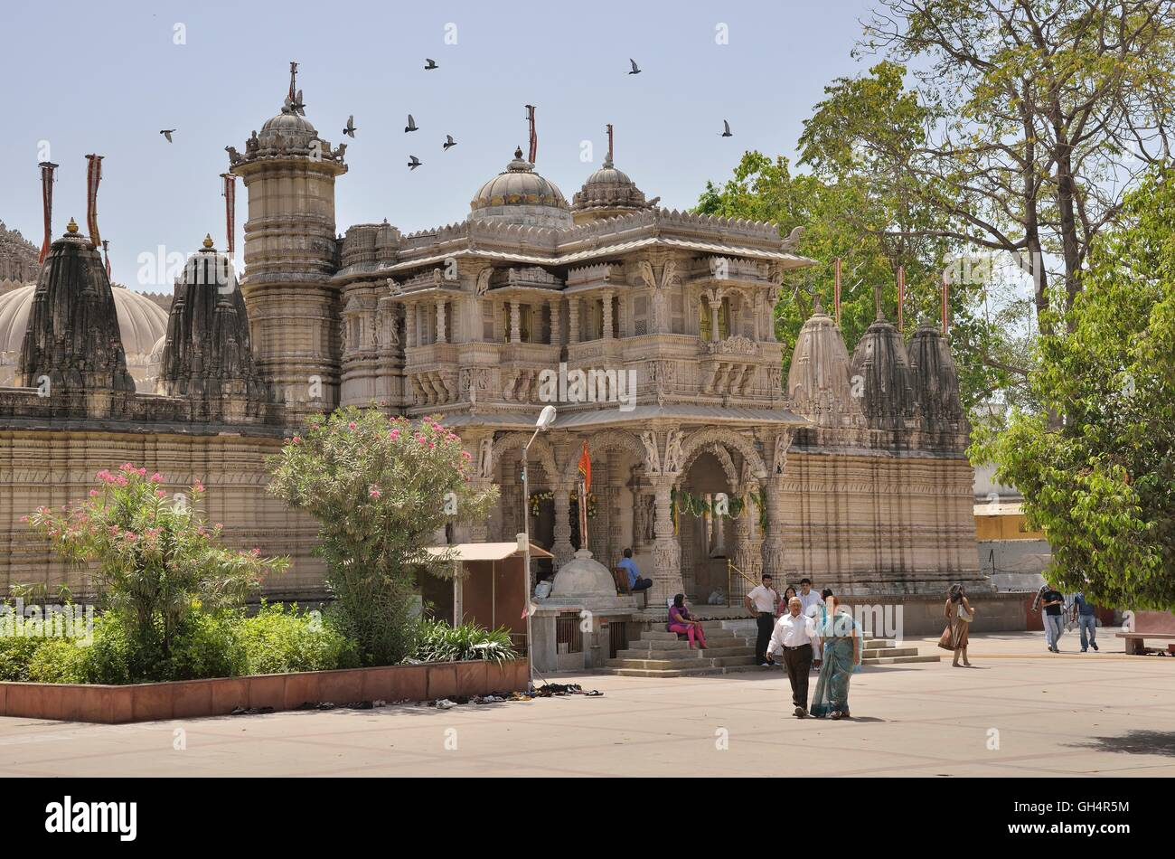 geography / travel, India, Hutheesing Temple of the Jain religion, Jainism, Jain dharma, Ahmedabad, Gujarat federal - Stock Image