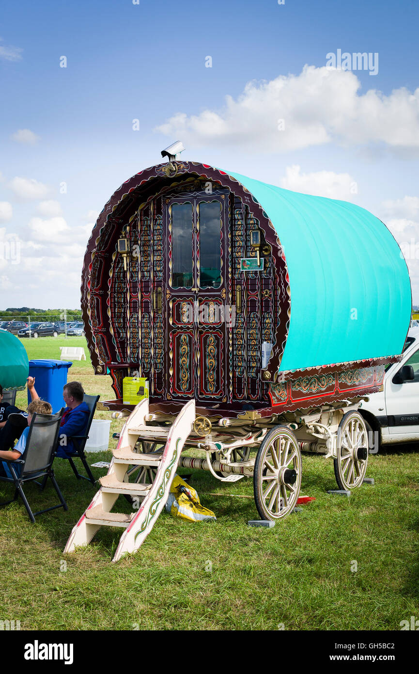 A classic Bowtop caravan much favoured by nomadic groups and holiday letting companies in the UK - Stock Image