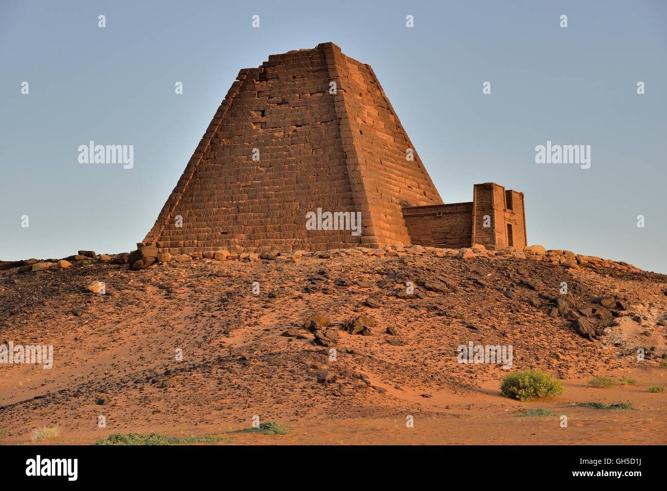geography / travel, Sudan, pyramid of the Northern cemetery of Meroe, black Pharaohs, Nubia, Nahr an-Nil, Additional Stock Photo