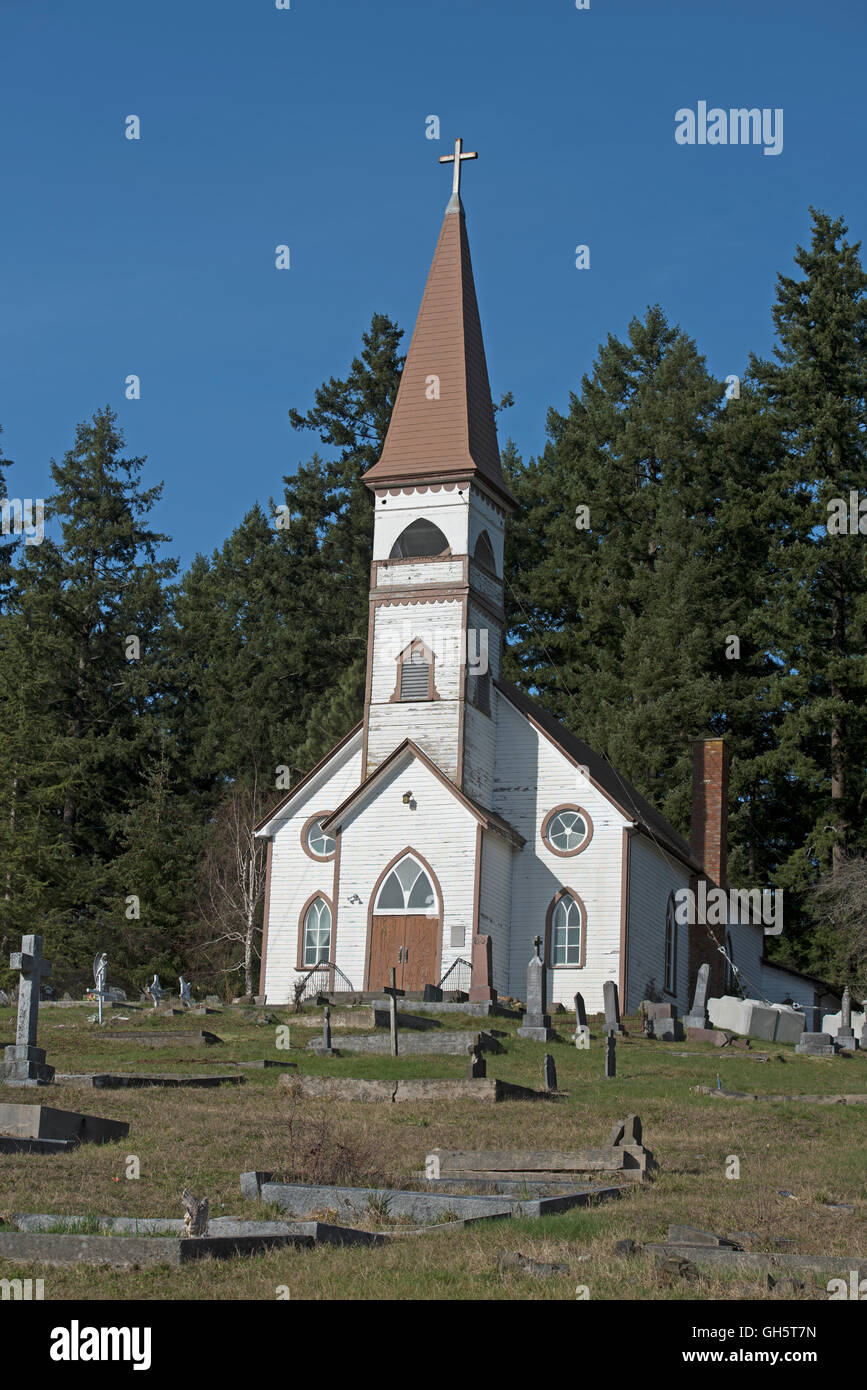 St Anne's Church and First nations peoples burial ground, Cowicham Bay, Vancouver Island. BC. Canada. SCO 11,133. - Stock Image