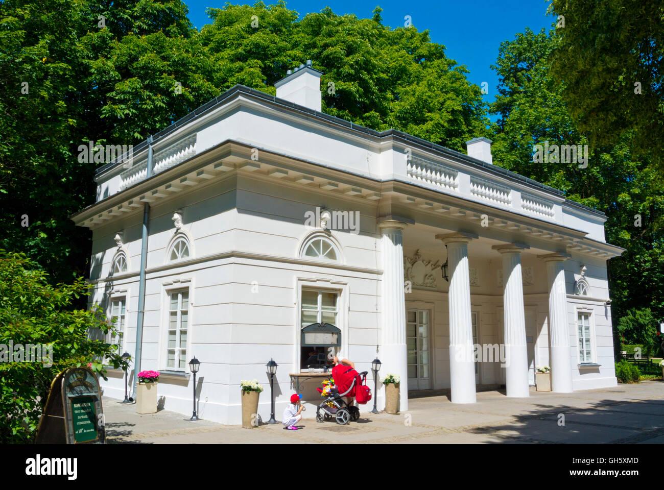 Nowa Kordegarda Building Housing Trou Madame Cafe Lazienki