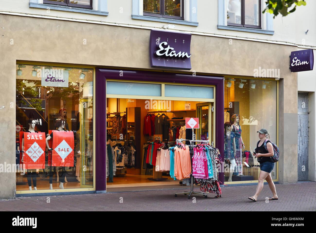 Branch of Miss Etam ladies Fashion stores - Stock Image