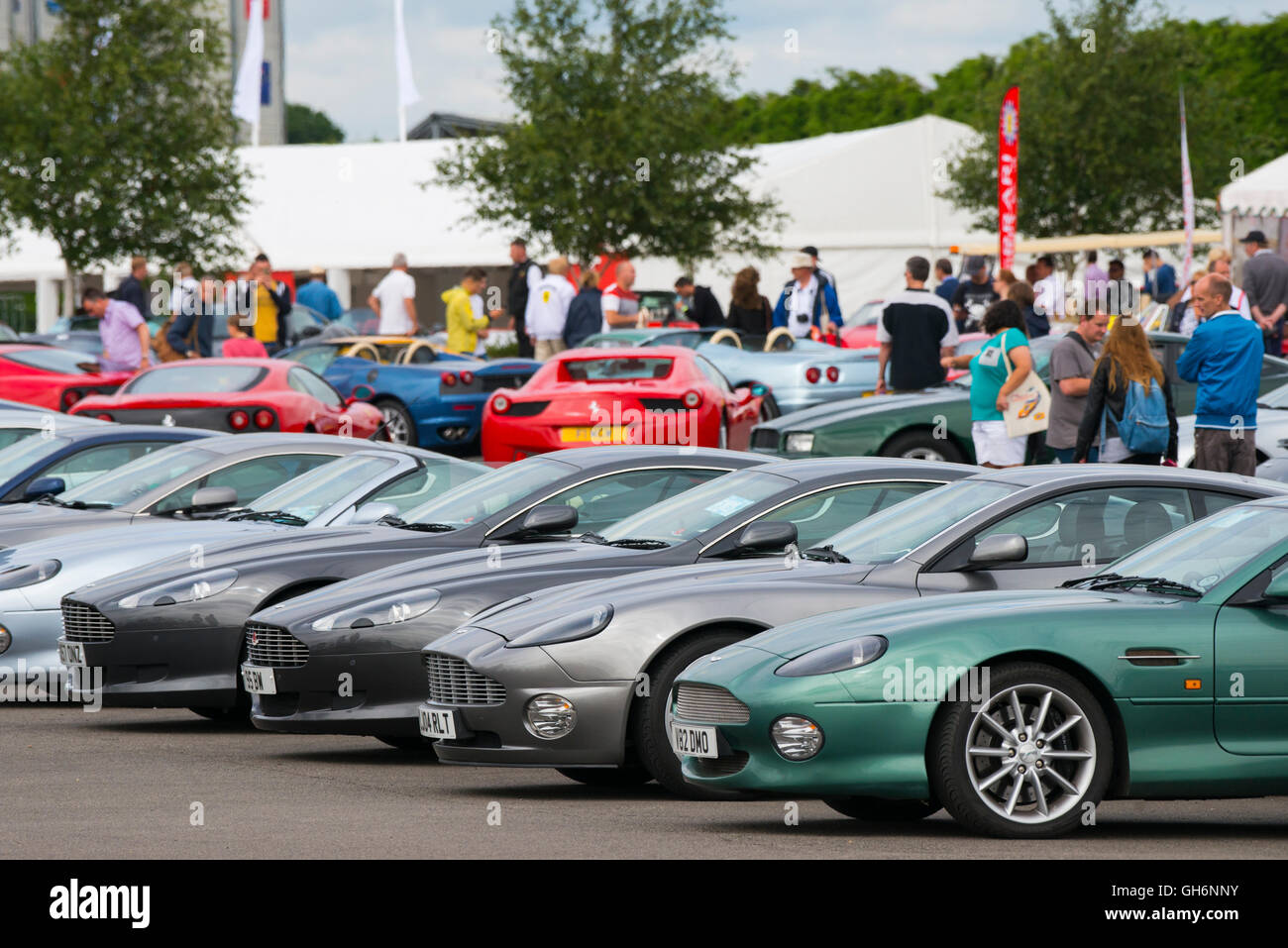 Aston Martin Owners Club High Resolution Stock Photography And Images Alamy