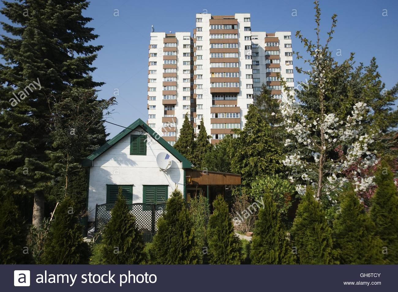 Wien, Wohnhausanlage Am Schöpfwerk, Viktor Hufnagl 1976-1980, Vienna, Council Tenement Block Am Schoepfwerk Stock Photo