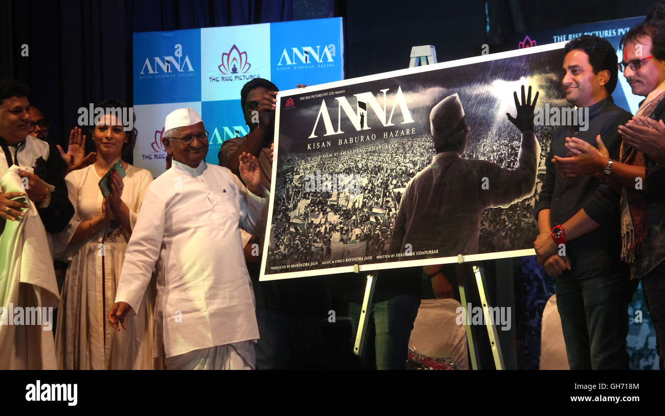 Famous Personality Anna Hazare unveiling the poster of an upcoming biopic inspired by his life at Iskcon Auditorium,Juhu, - Stock Image