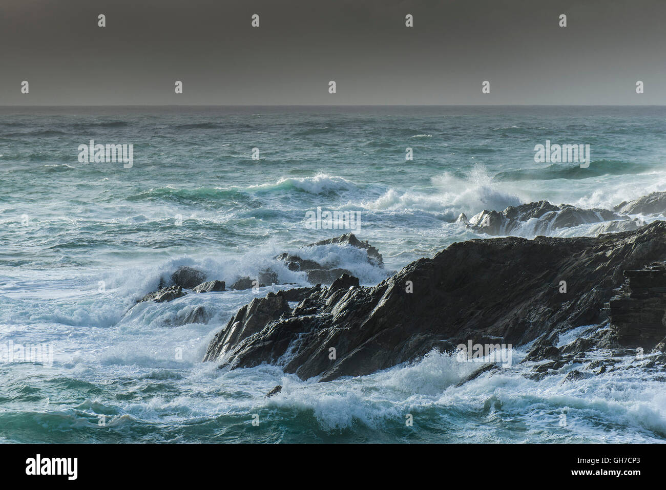 Rough seas off Towan Headland in Newquay, Cornwall. - Stock Image