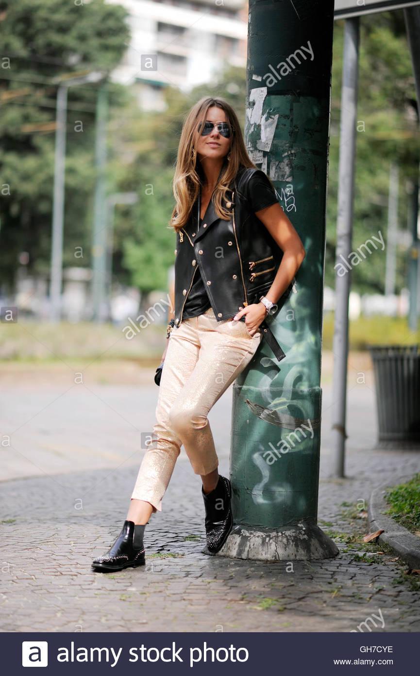 Model Svelana Shashkova Milan during Milan Fashion Week. - Stock Image