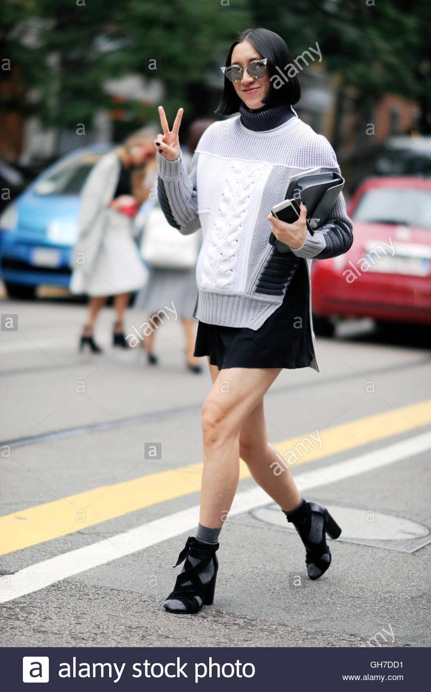 Fashion Editor Eva Chen during Milan Fashion Week. - Stock Image