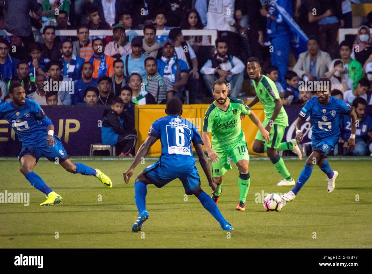 London, UK. 8th August, 2016. Giannis Fetfatzidis #10, Abdulmalek Al-Khaibri #6. Al- Ahli vs Al-Hilal Saudi Super - Stock Image