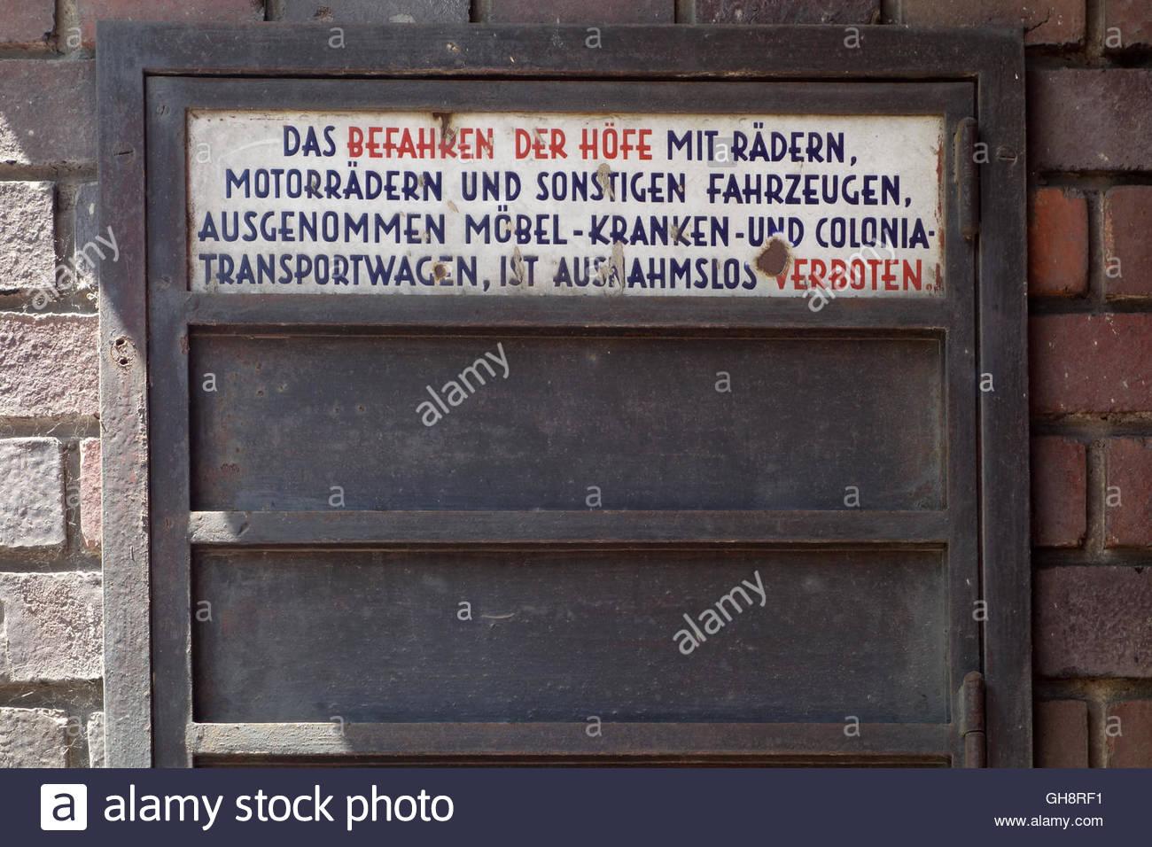 Wien, Gemeindebau des Roten Wien, Vienna, Council Tenement Block, Red Vienna. Karl Marx-Hof, Heiligenstädter - Stock Image
