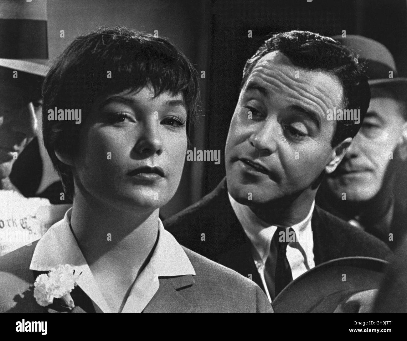 Shirley Maclaine The Apartment: Liebesfilm Black And White Stock Photos & Images