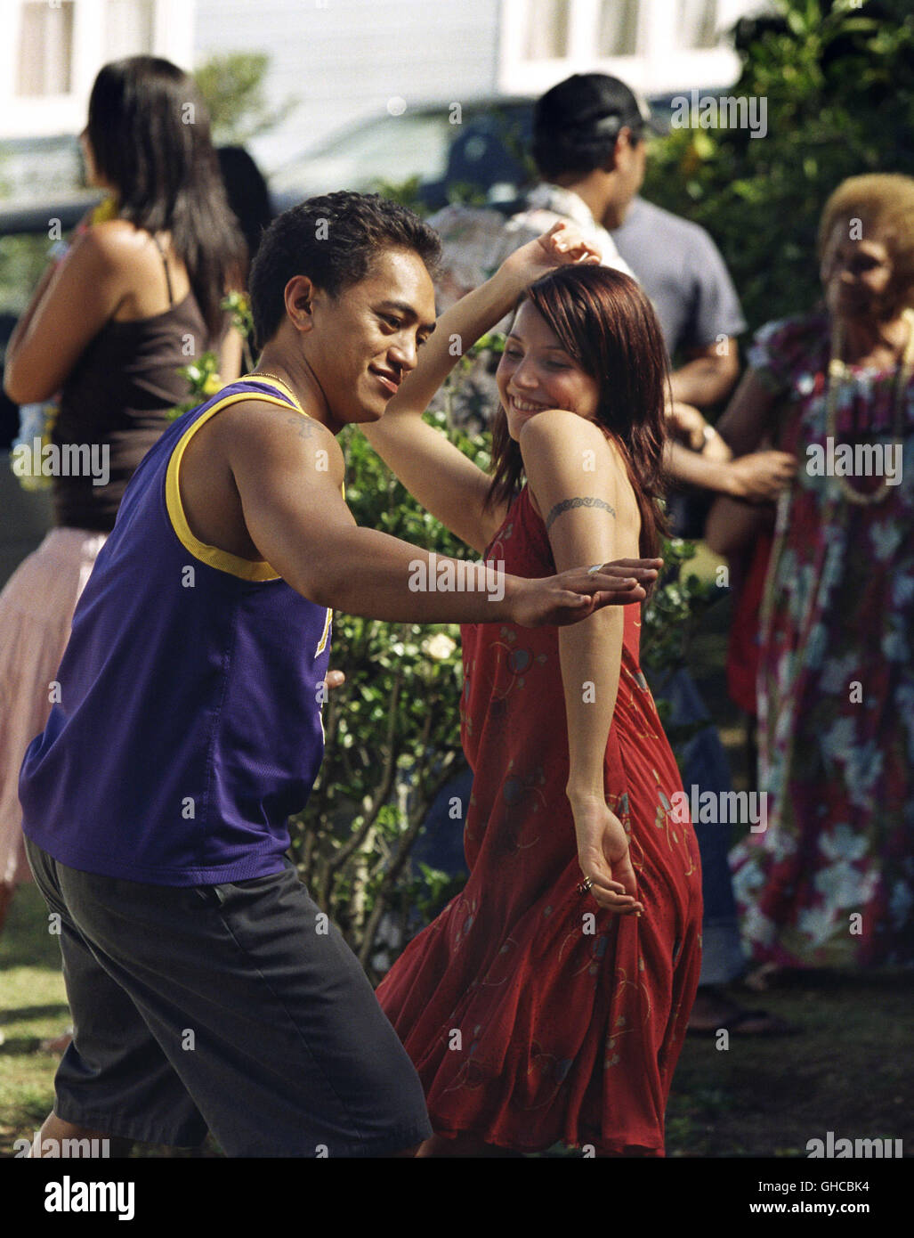 NO. 2 New Zealand 2005 Toa Fraser The dancing couple Soul (TAUNGAROA EMILE) and Danish Maria (TUVA NOVOTNY) Regie: - Stock Image