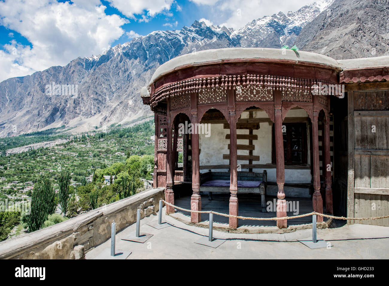 Baltit fort in Karimabad, Pakistan with a view of the Hunza valley - Stock Image