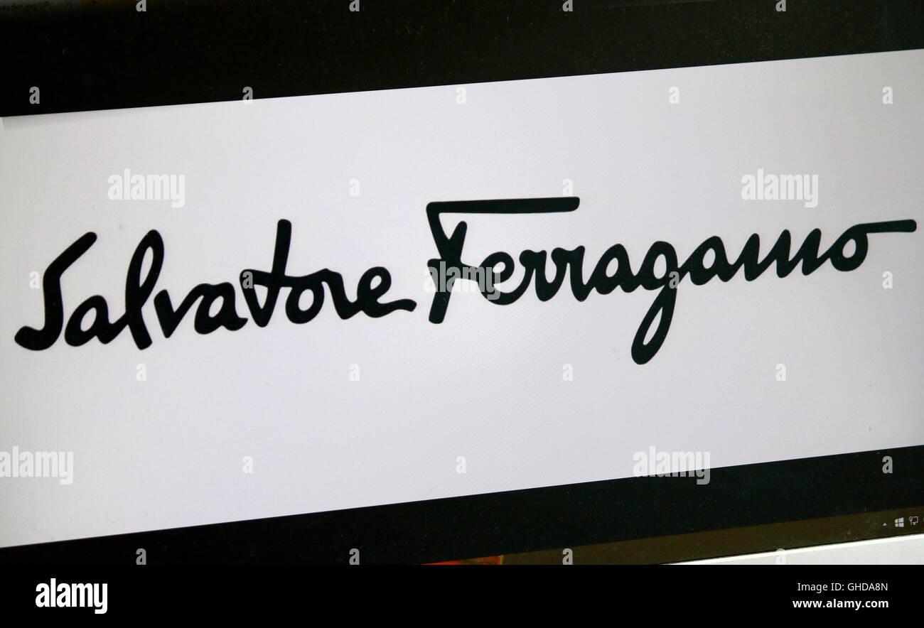 Loge der Marke 'Salvatore Ferragamo', Berlin. - Stock Image