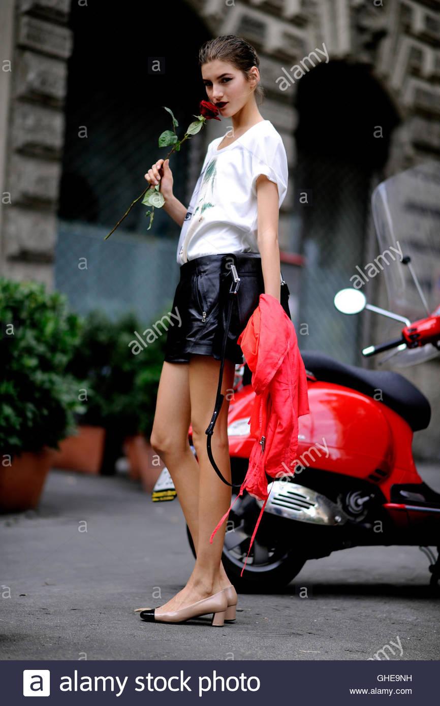 Model Valery Kaufman on Viale Piave during Milan Fashion Week. - Stock Image