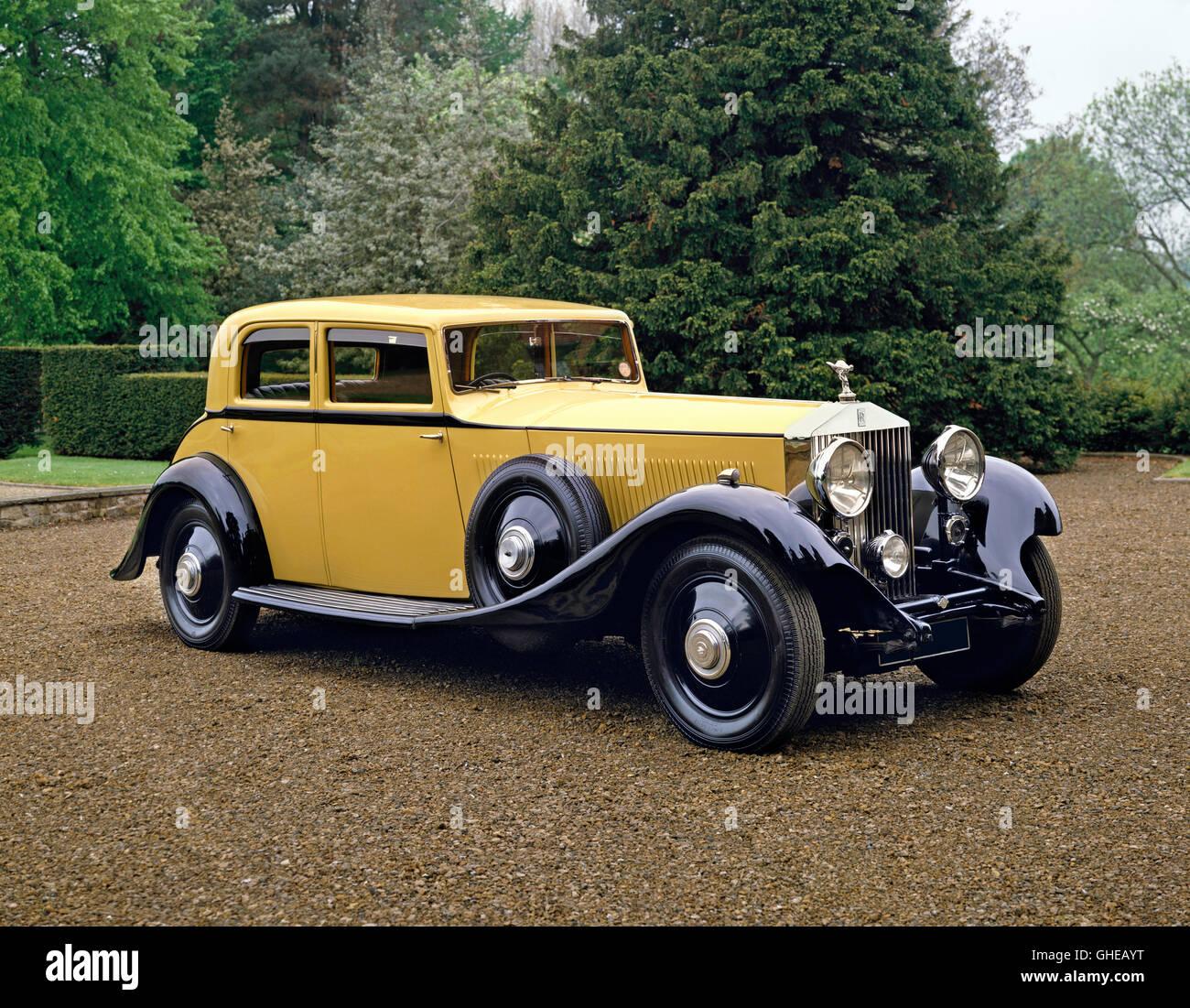 1933 Rolls Royce Phantom II Continental 4 door saloon 7 6 litre 6 cylinder inline engine Country of origin United - Stock Image