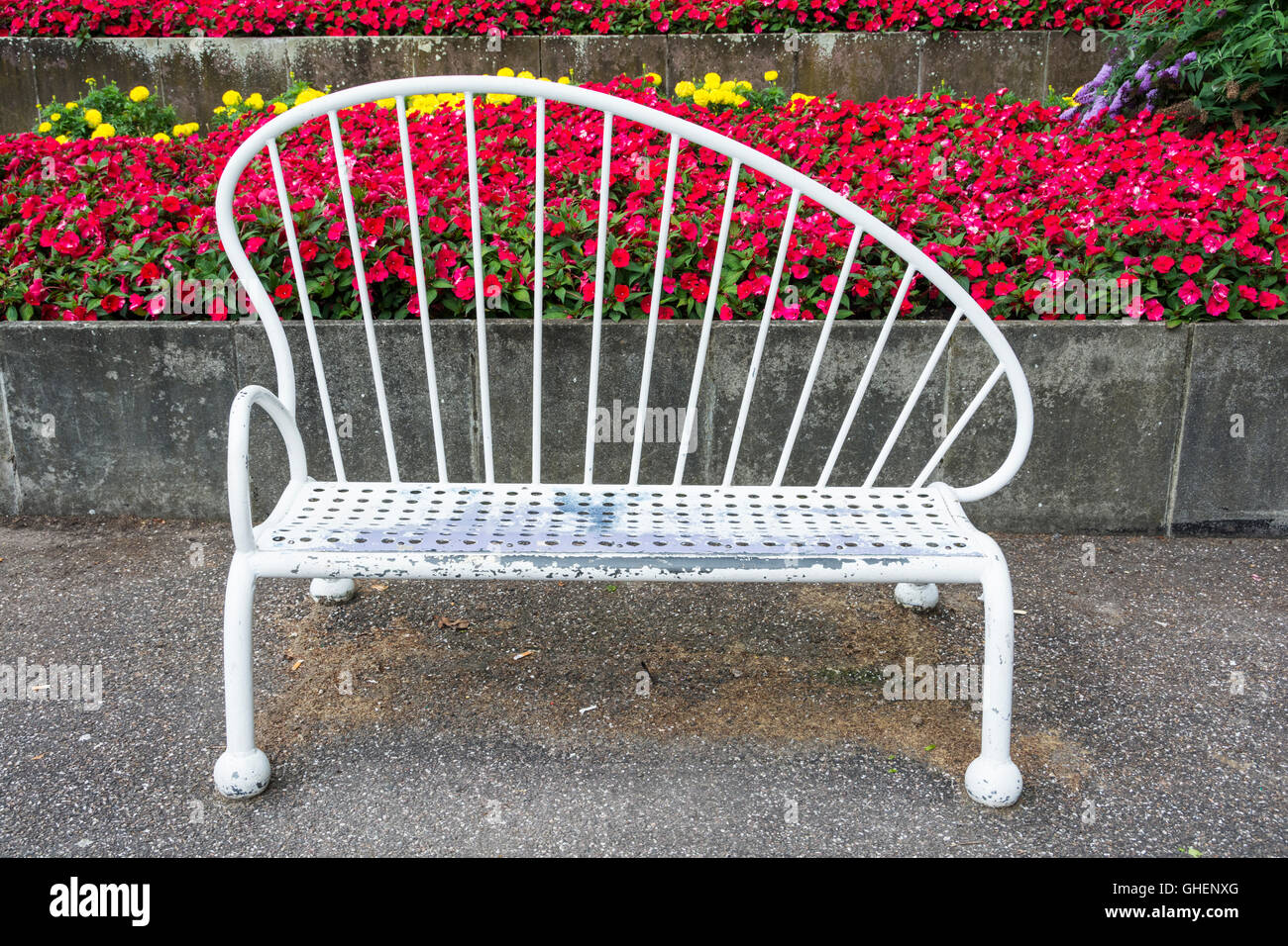 Picture of: Festival Of Britain Art Deco Bench In Battersea Park London Uk Stock Photo Alamy