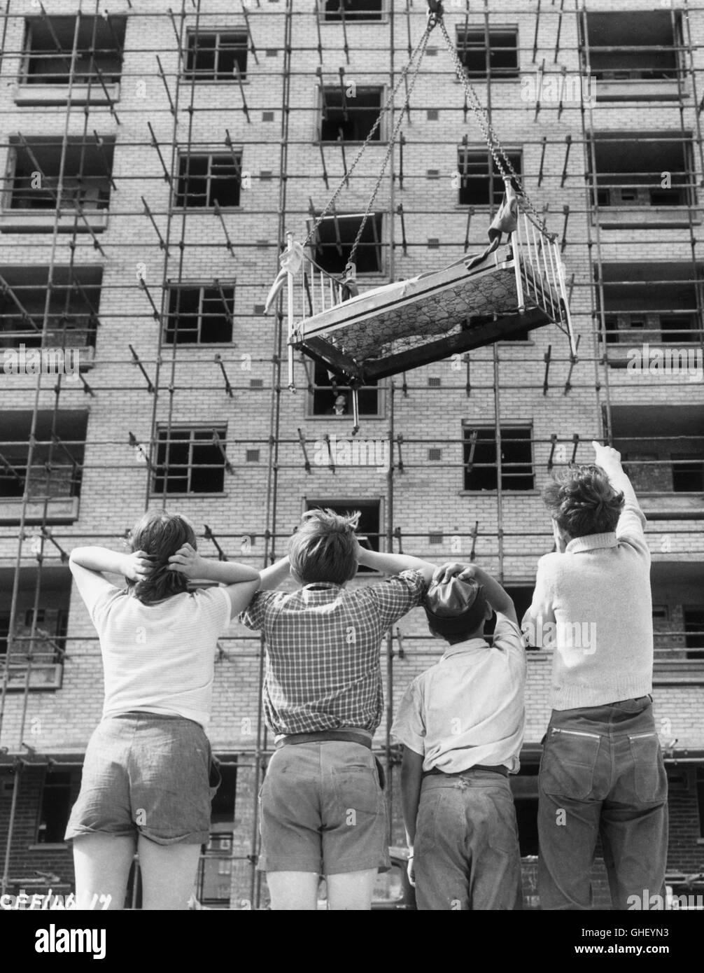 THE SALVAGE GANG UK 1958 John Krish a group of ingenious kids ...
