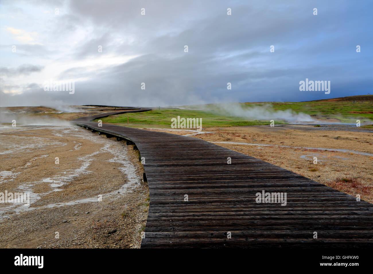 Boardwalk and fumaroles, Hveravellir, Iceland - Stock Image