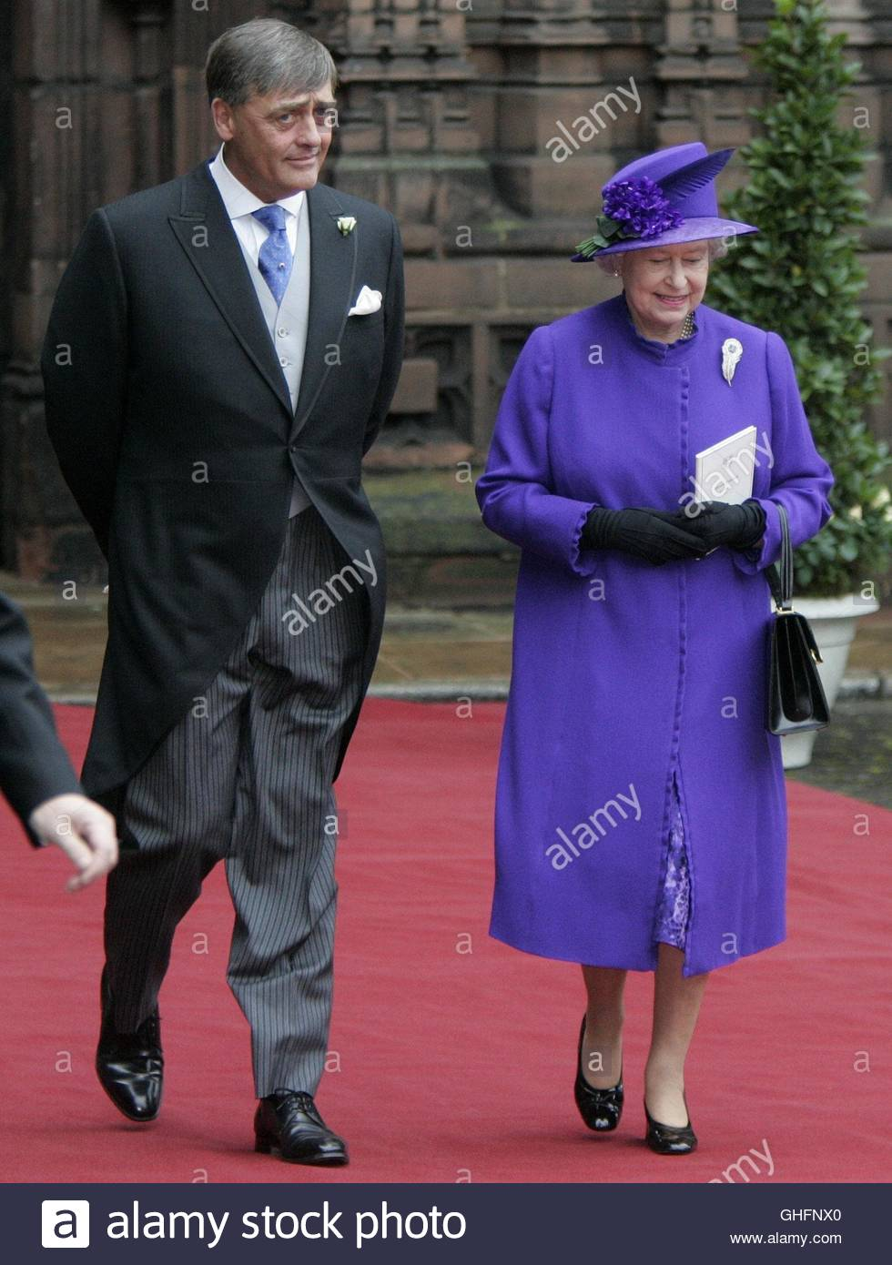 File photo dated 6/11/2004 of the Duke of Westminster and Queen Elizabeth II leaving Chester Cathedral following - Stock Image