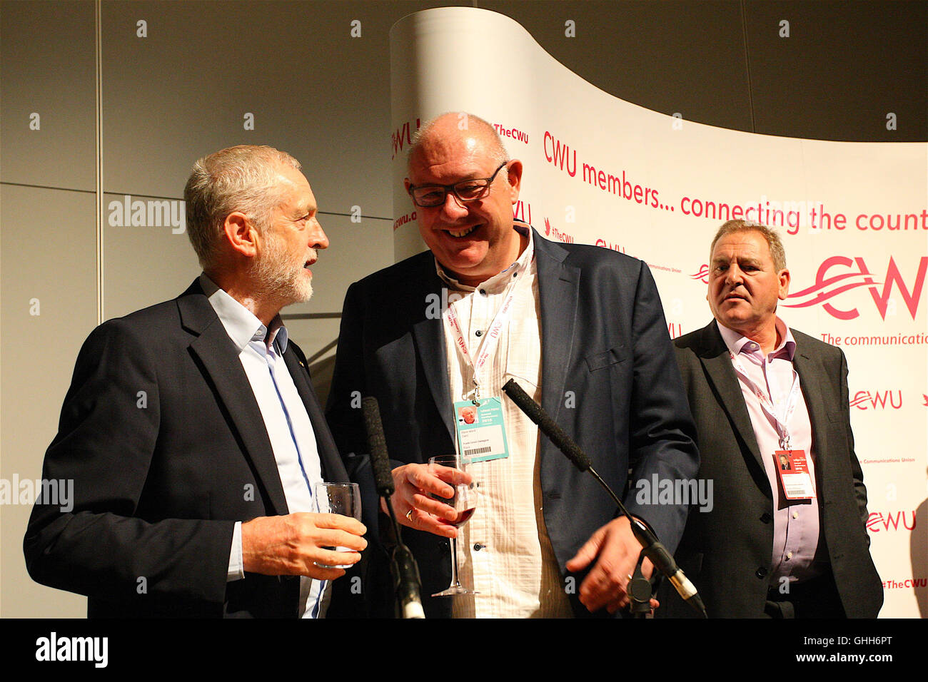 Liverpool, UK. 26th September, 2016. Jeremy Corbyn talks with Dave Ward leaders of the Communications Union at a - Stock Image