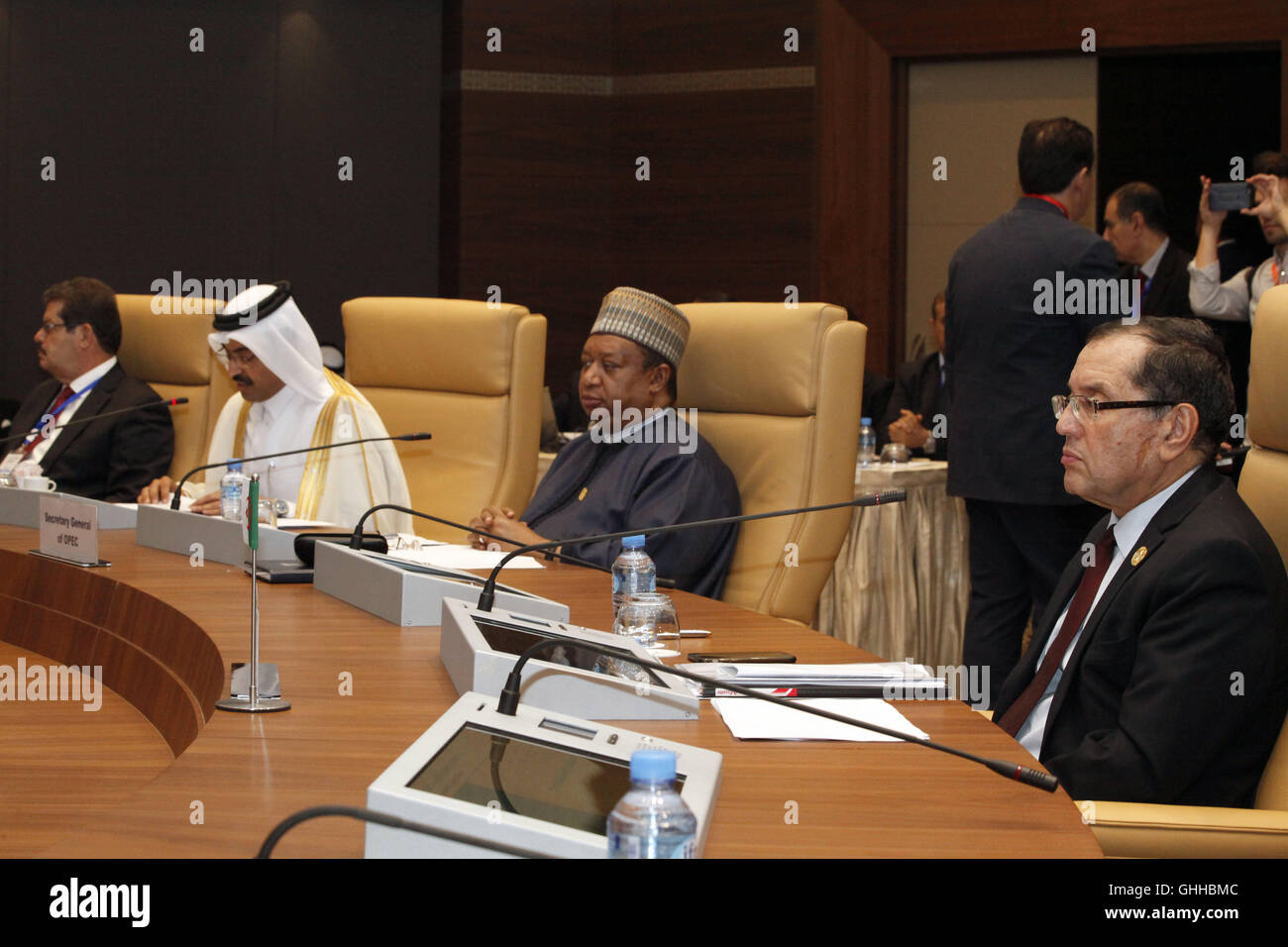 Algier. 28th Sep, 2016. Mohammed bin Saleh Al-Sada (2nd L), Qatar's energy and industry minister and the OPEC's - Stock Image