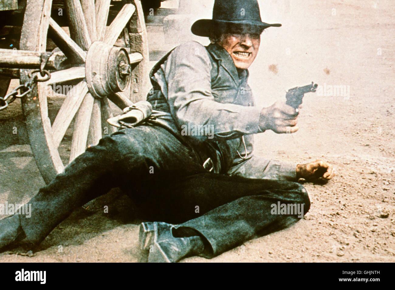 Sheriff Jered Maddox (BURT LANCASTER) will einen Trupp Bürger vor Gericht bringen, die bei einem Saufgelage - Stock Image
