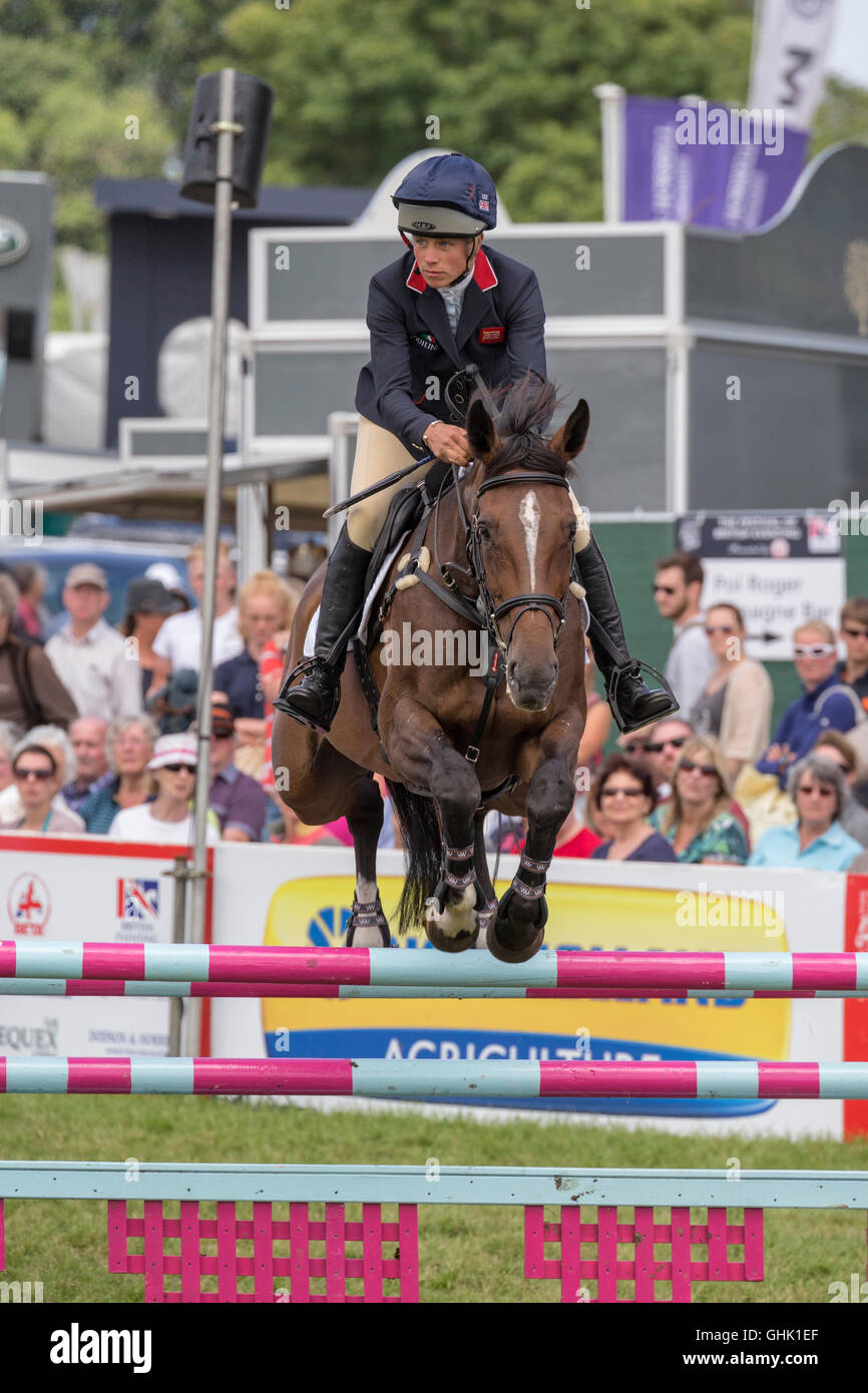 Izzy Taylor on KBIS Briarlands Matilda - Stock Image