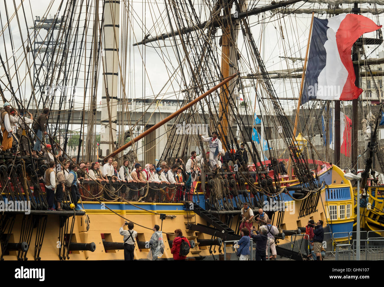 The crew of the Hermione sings sing sailor songs  during  the Brest's International Maritime Festival 2016. - Stock Image