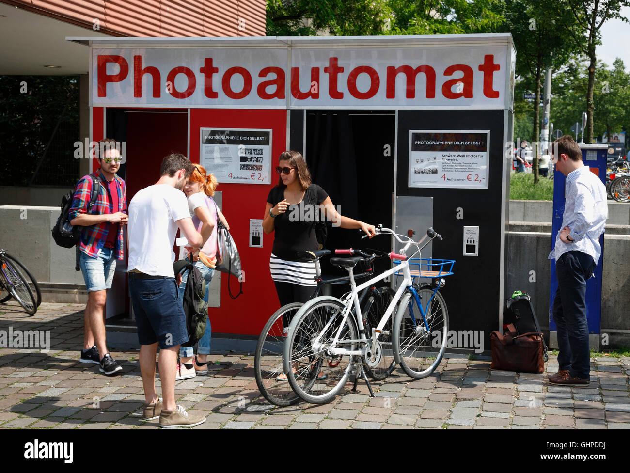 Karolinenviertel, photobooth, Hamburg, Germany, Europe - Stock Image