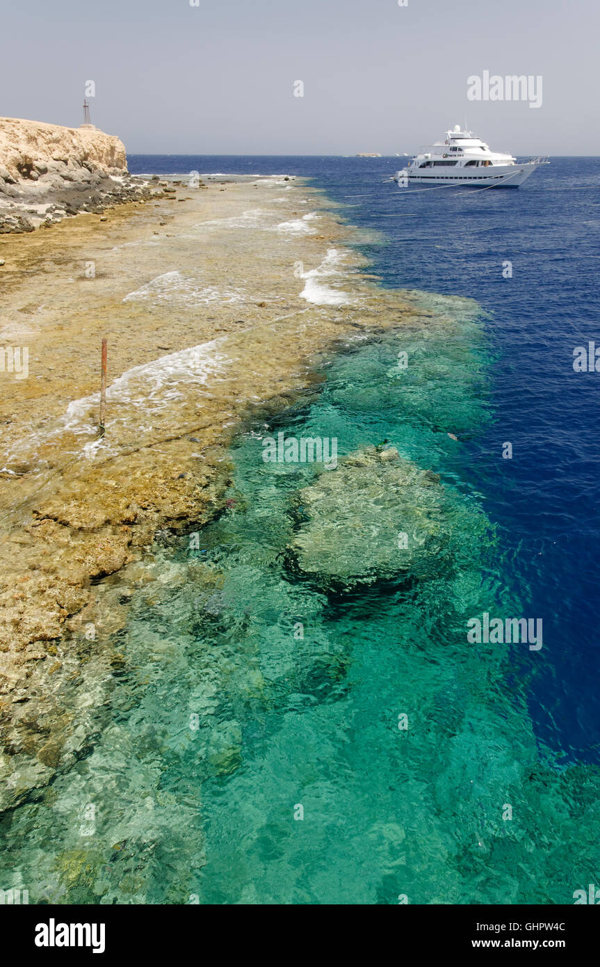 Big Brother from the Brothers Islands with scuba diving boat, Brother Islands, Brothers, Red Sea, Egypt, Africa - Stock Image
