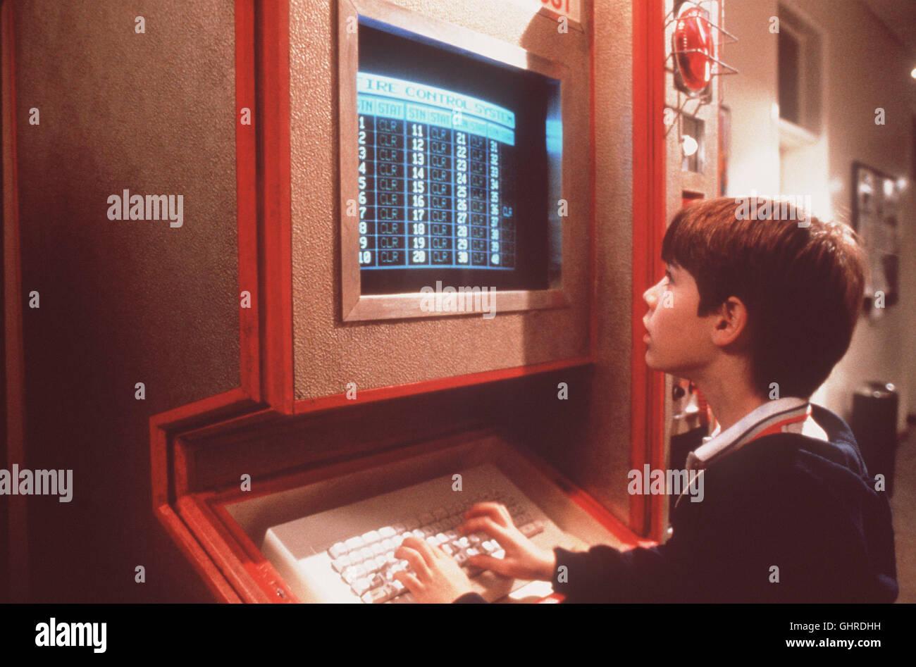 d.a.r.y.l. - der außergewöhnliche - Daryl (BARRET OLIVER), ein hochintelligenter zwölfjähriger, der nach einem Autounfall Stock Photo