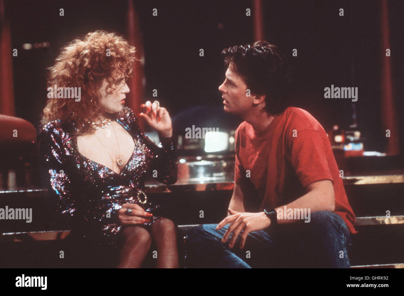 Zurück in die Zukunft II Back to the Future II USA 1989 Kaum aus der Zukunft zurück, heißt es für Marty (MICHAEL Stock Photo
