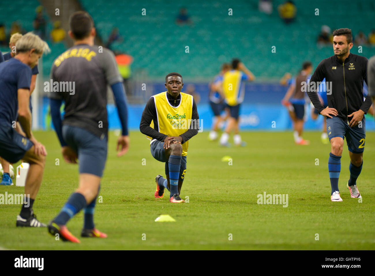 Salvador, Brazil. 10th August, 2016. OLYMPICS 2016 FOOTBALL SALVADOR - Heating the Swedish team before the match Stock Photo