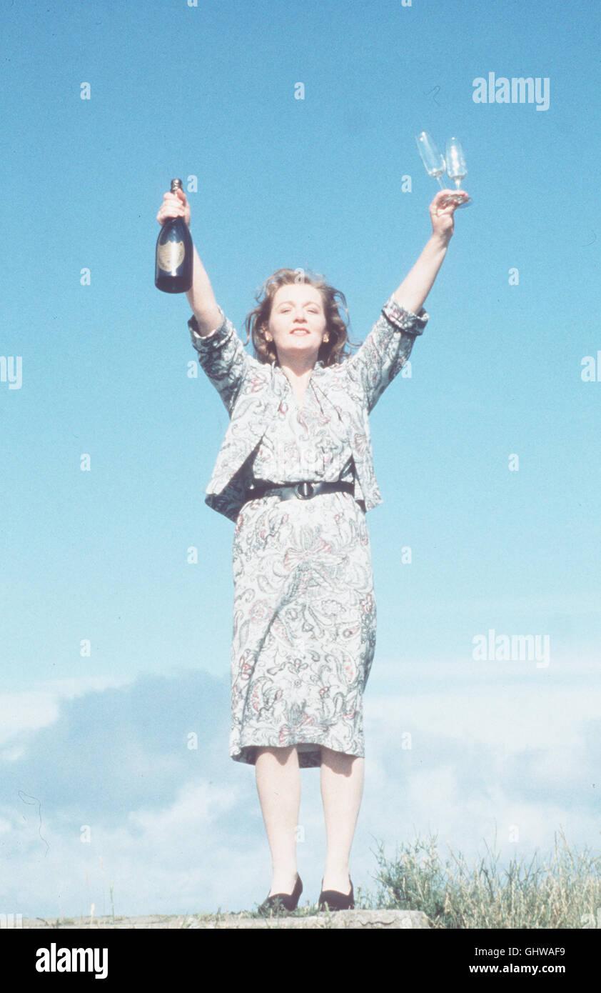MEIN LINKER FUSS - Der schwerstbehinderte Christy Brown wird erst gefördert, als es ihm gelingt, mit seinem - Stock Image