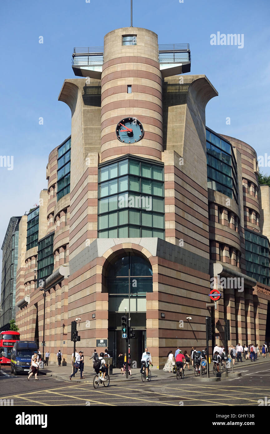 A view front view of No 1 Poultry in London - Stock Image
