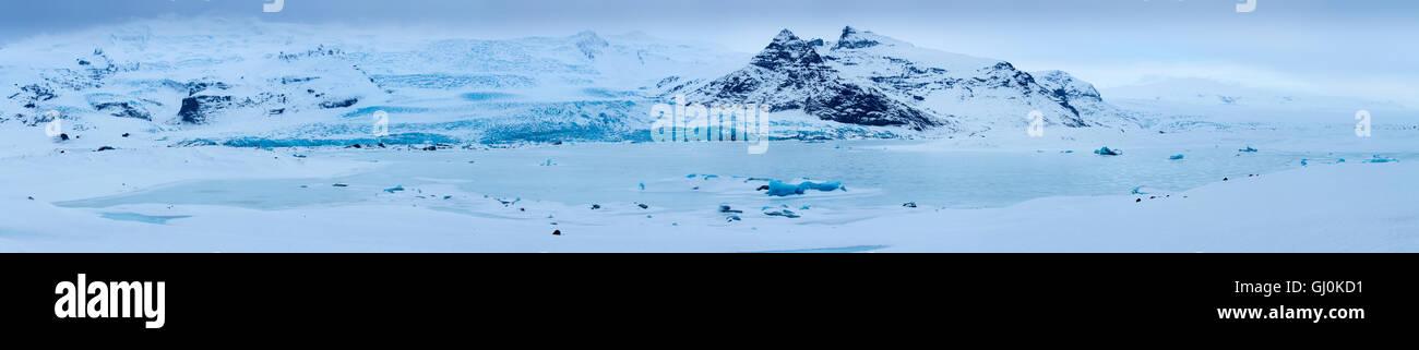the glacier & lagoon at Fjallsárlón, eastern Iceland - Stock Image
